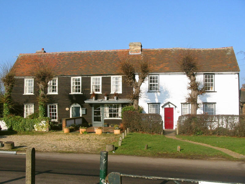 houses on Havering village green