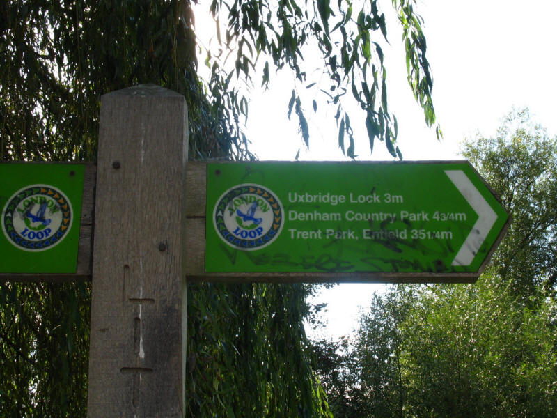 London Loop signpost
