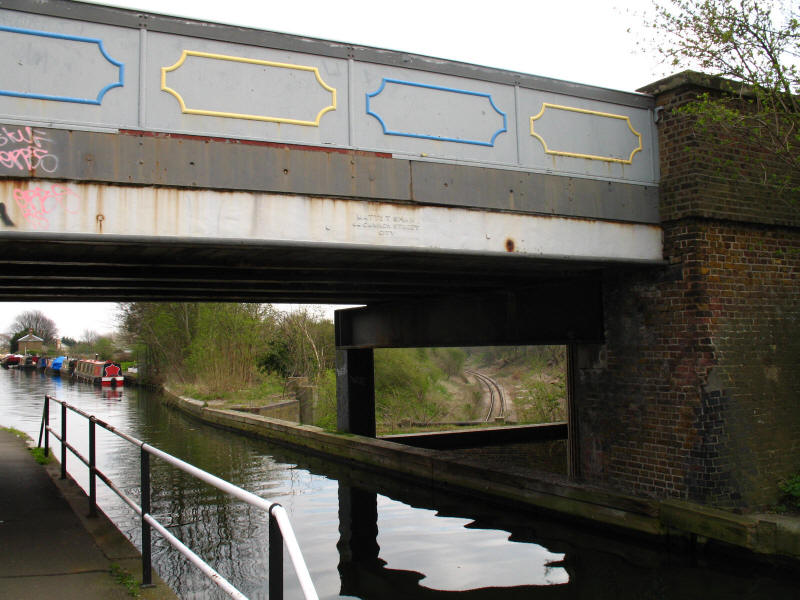 Three Bridges or Windmill Bridge, Hanwell, Grand Union Canal
