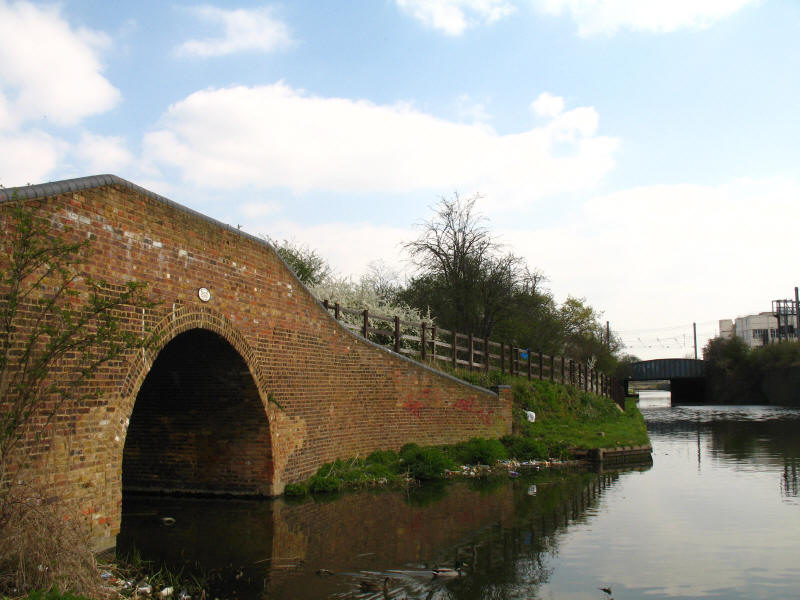 side arm of Grand Union Canal in Hayes
