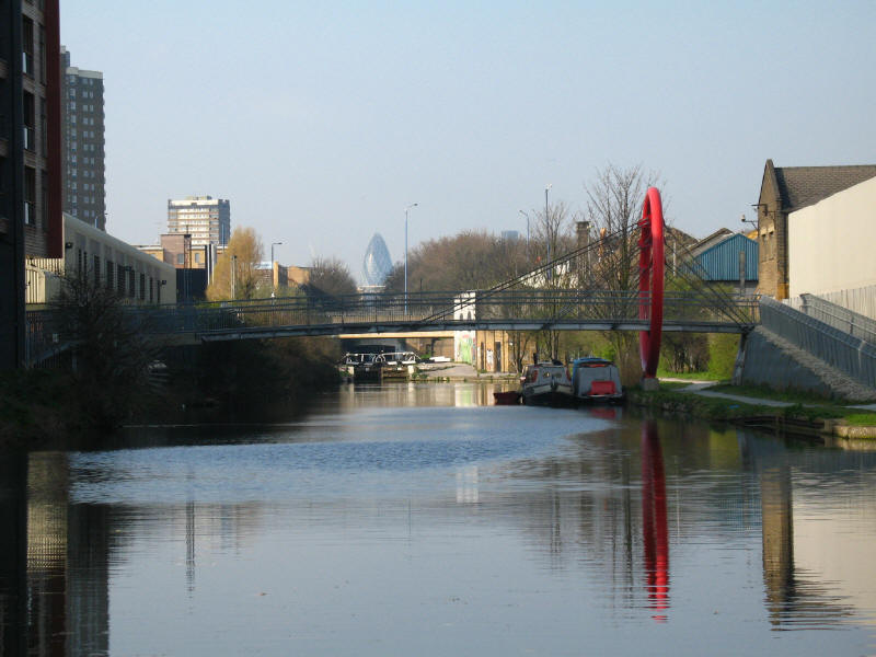Hertford Union Canal and 30 St Mary Axe