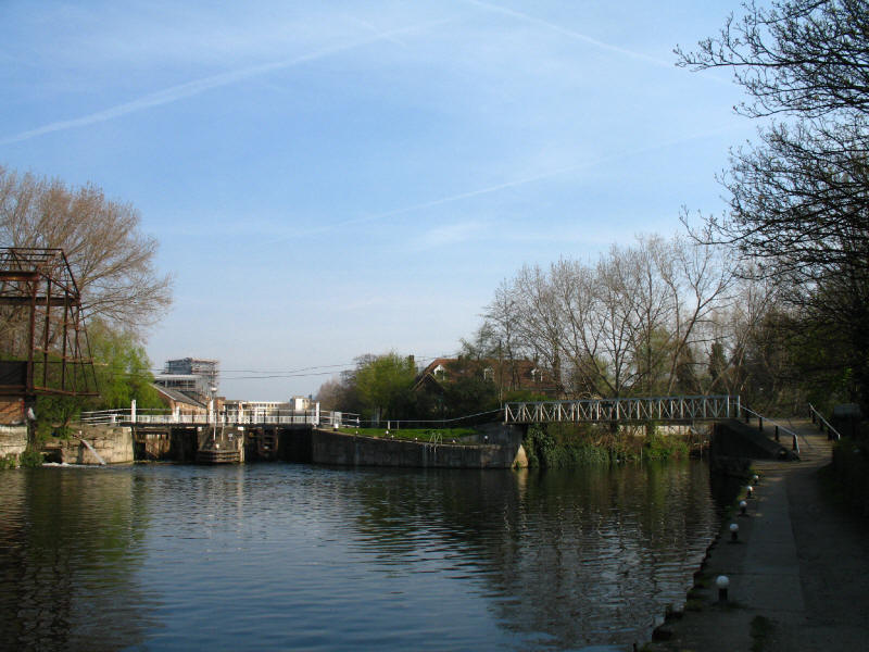 Old Ford Locks, River Lee Navigation, with Old River Lea joining on the right