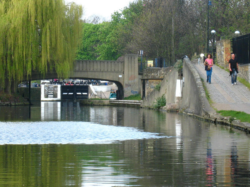 Regent's Canal junction with Hertford Union Canal, with Old Ford Lock visible