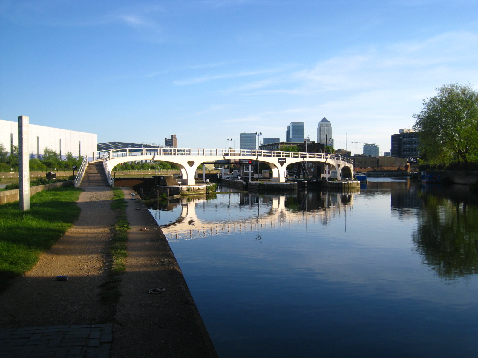 Lea Valley Walk Ponders End To Limehouse And The Thames